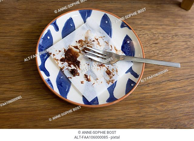 Remnants of dessert