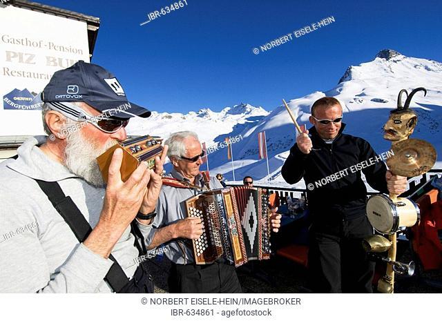 Folk music, Piz Buin Guesthouse, Galtuer, Tirol, Austria, Europe