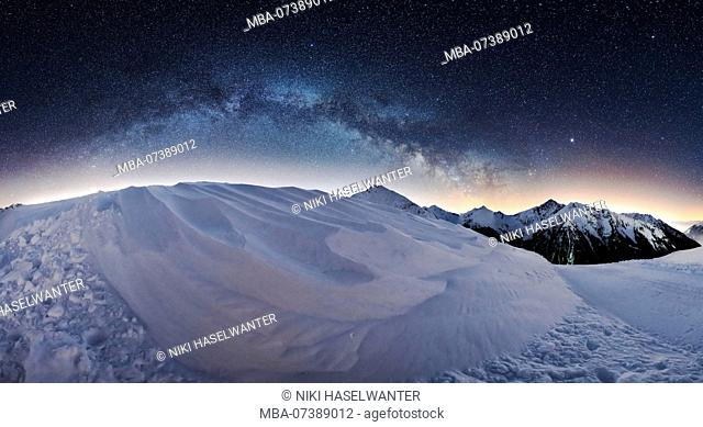 360 ° Milky Way panorama at the Jaufen Pass in South Tyrol