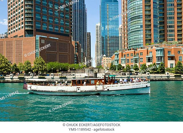 Chicago architectural tour boat on the Chicago River near Lake Michigan