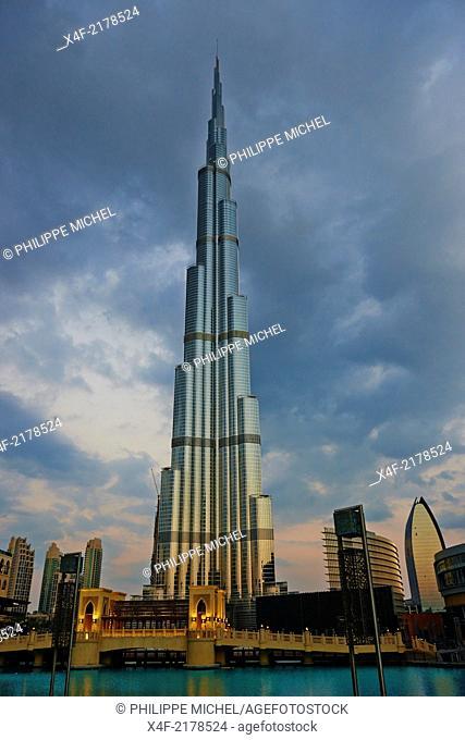 United Arab Emirates, Dubai, Burj Khalifa tower, 828m high