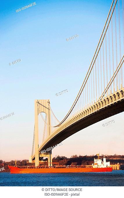 Verrazano-narrows bridge and shipping, New York City, USA