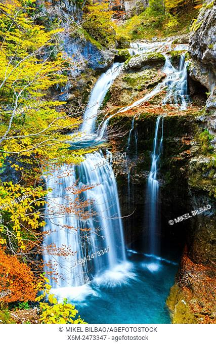 La Cueva waterfall in Arazas river. Ordesa Valley. . Ordesa National Park. Pyrenees, Huesca, Spain, Europe