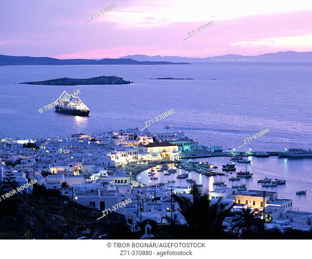 Cruise ship, Mykonos. Cyclades islands, Greece