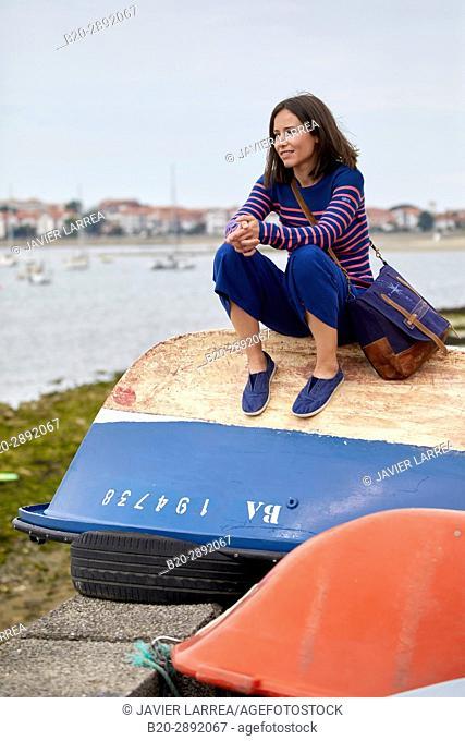 Women 30-35, Port de Caneta, Hendaye, Aquitaine, Pyrenees Atlantiques, France
