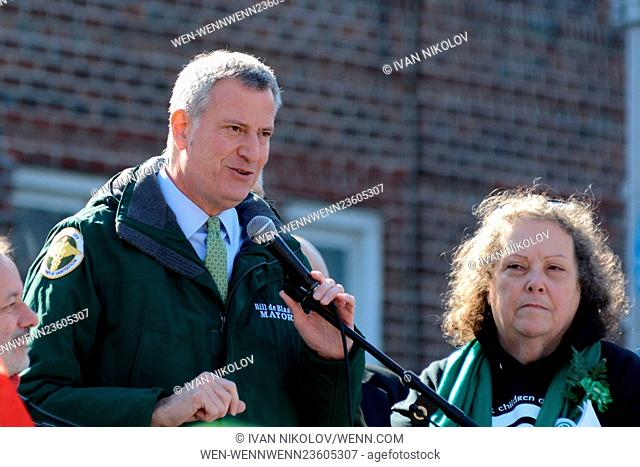 St. Patrick's Day parade in Sunnyside, Queens Featuring: Mayor Bill de Blasio Where: New York, New York, United States When: 06 Mar 2016 Credit: Ivan...