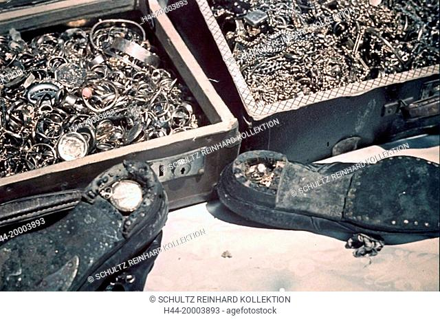 Ghetto Lodz, Litzmannstadt, Jewellery concealed in suitcases and shoes, Poland, 1942, World War II