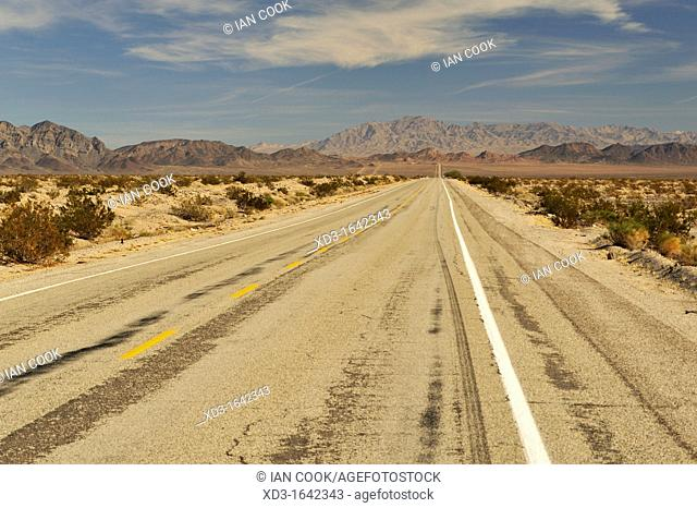 historic Route 66 east of Amboy, California, USA