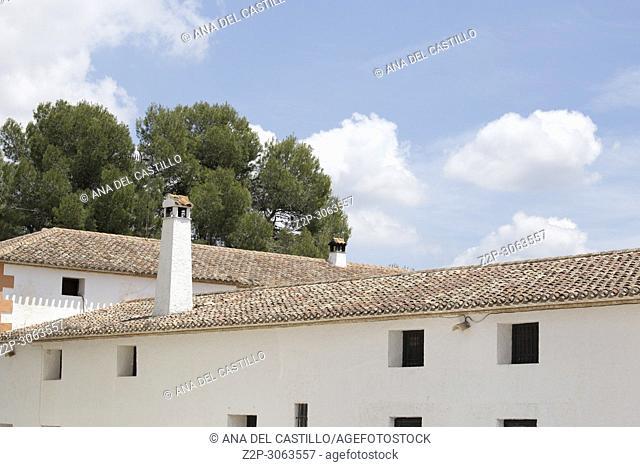 Los Frailes cellar. Fontanars dels Alforins, Valencia Province, Valencian Community. Spain