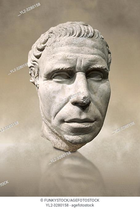 Roman portrait bust from circa 30 BC excavated from the Valle Giardino, Nemi, Rome. . Inv 66177, The National Roman Museum, Rome, Italy
