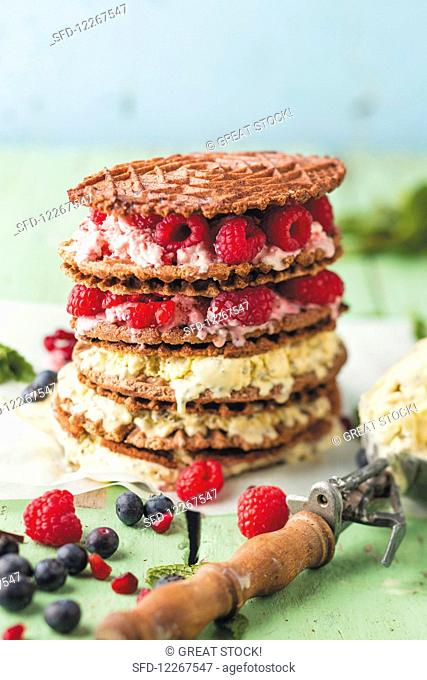 Chia and lemon ice cream with wholegrain wafers and berries