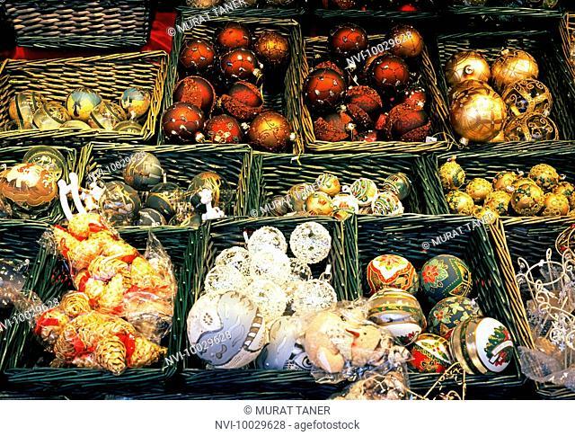 Christmas Market at Schoenbrunn Palace, Vienna, Austria