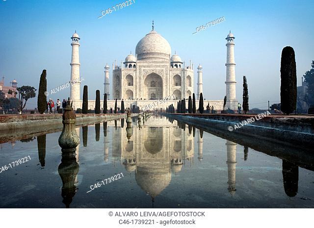 The Taj Mahal, mausoleum of the Empress Mumtaz Mahal  Agra  India