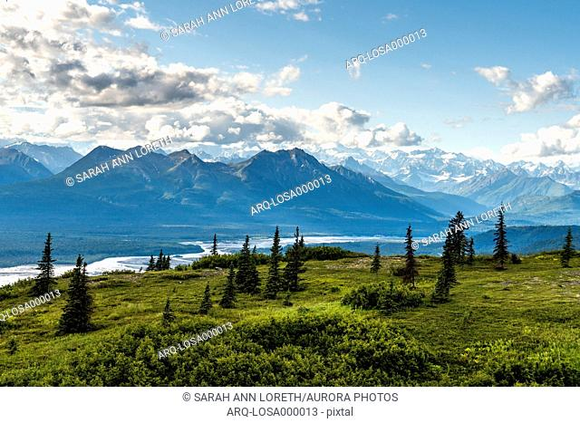 Curry Ridge Trail Hike in Denali State Park with light rays and views of Alaska Range. This 7 mile hike offered amazing views of some of the tallest peaks in...