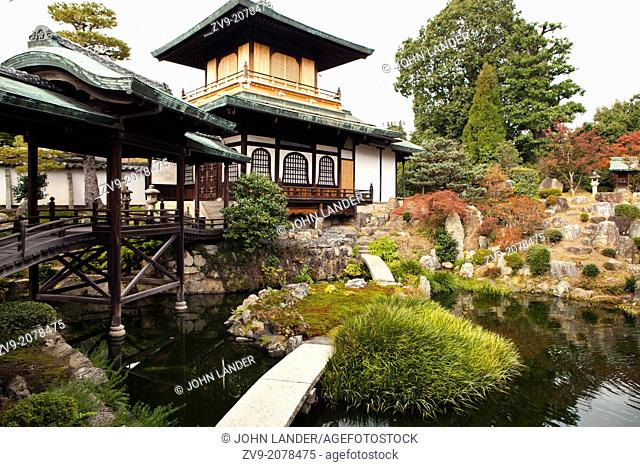 Hoshun-in, one of the sub temples at Daitokuji Zen Buddhist complex in Kyoto is famous for its Donko-kaku three story structure similar to Kinkakuji but on a...