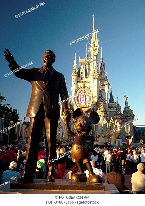 Orlando, FL, Florida, Walt Disney World Resort, Magic Kingdom Park, Cinderella Castle, Christmas, Walt Disney Statue, Central Plaza (Editorial Use Only)