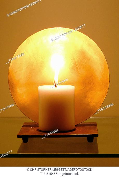 Candle design feature