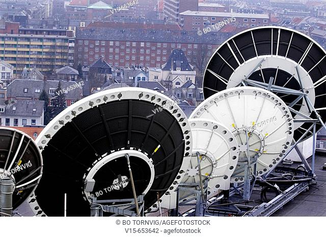 Tele Communication, Satellite earth station