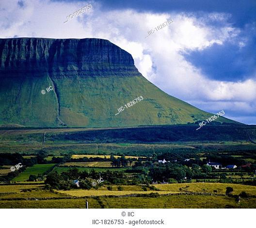Ben Bulben, County Sligo, Ireland, Glacial valley landscape