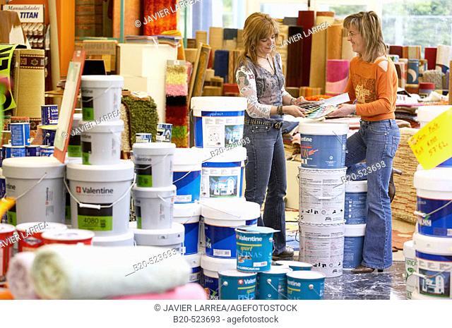 Paint pots, carpets. Paint and decoration shop. Eibar, Gipuzkoa, Euskadi. Spain