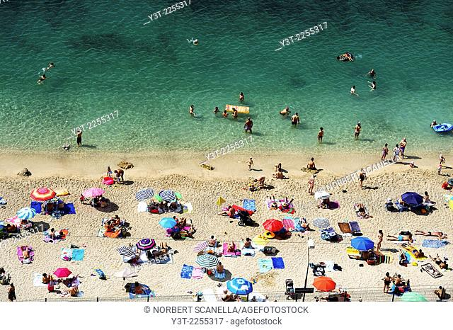 Europe, France, French Riviera, Alpes-Maritimes, Villefrance-sur-Mer. At the beach