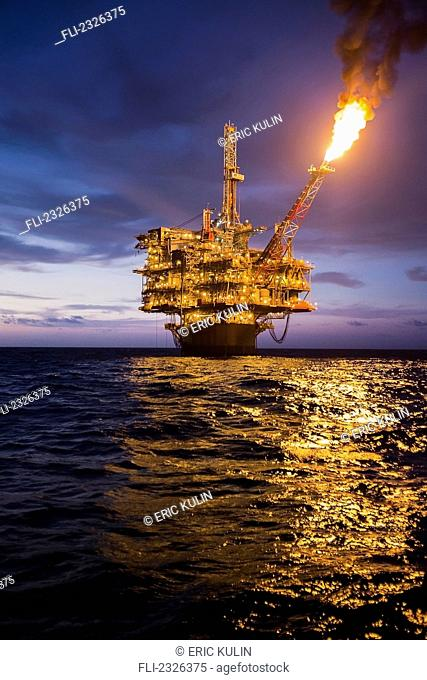 Perdido oil rig gulf of mexico Stock Photos and Images | age fotostock