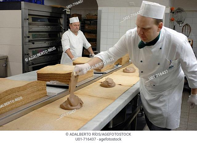 Making imperial cakes. Wien. Austria