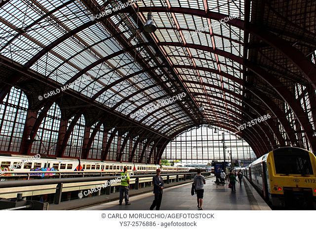 Antwerpen-Centraal railway station, Antwerp, Belgium, Europe
