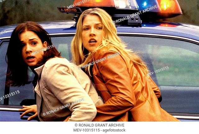 FINAL DESTINATION NEW LINE CINEMA/WARNER BROS AJ COOK, ALI LARTER FINAL DESTINATION NEW LINE CINEMA Picture from the Ronald Grant Archive