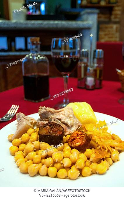 Cocido madrileño serving. Madrid, Spain
