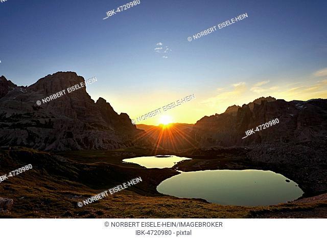 Sunrise over the Bödensee lakes, Altensteiner Valley, Three Peaks of Lavaredo, Sexten Dolomites, Hochpustertal valley, South Tyrol, Italy