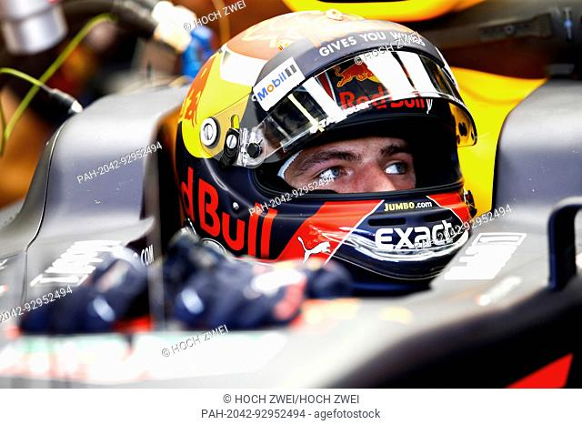 Motorsports: FIA Formula One World Championship 2017, Grand Prix of Hungary, #33 Max Verstappen (NLD, Red Bull Racing), 29.07.2017. | usage worldwide