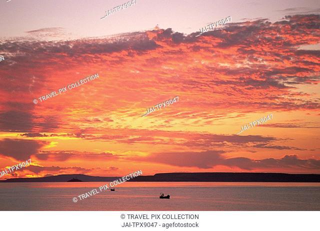 England, Cornwall, St Ives, Fishing Boats at Sunrise
