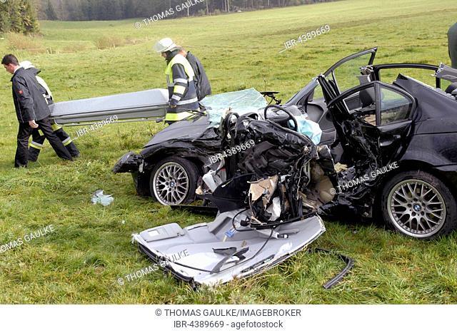 Fatal traffic accident, demolished car, transporting dead person, Weyarn, Upper Bavaria, Bavaria, Germany