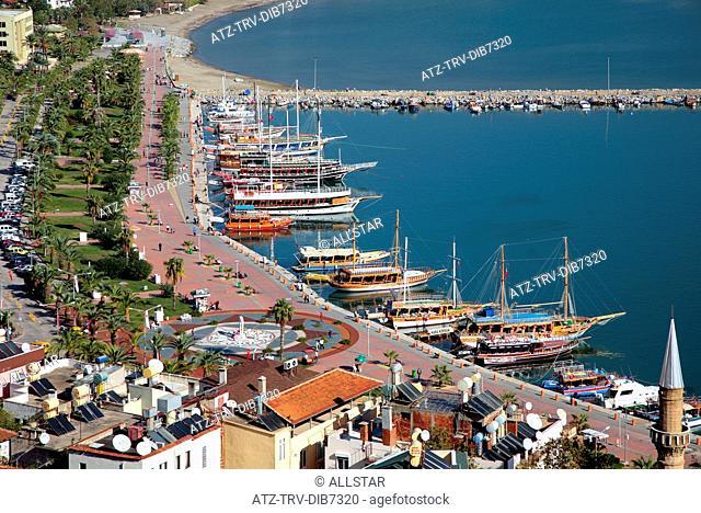 GULETS IN ALANYA HARBOUR; ALANYA, TURKEY; 17/11/2007