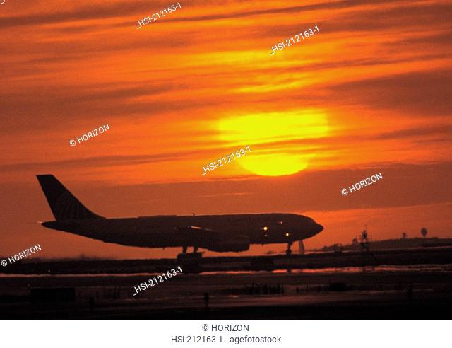 Silhoutte of a aircraft at runway