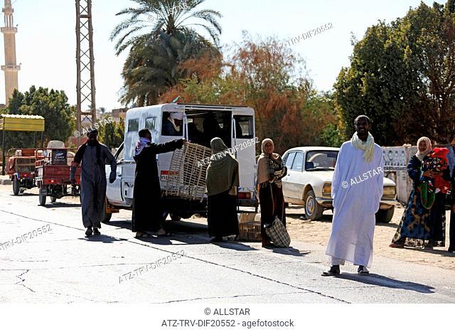 EGYPTIAN PEOPLE & PUBLIC TRANSPORT; NEAR ASWAN, EGYPT; 11/01/2013