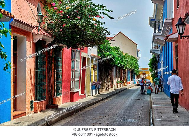 typical colorful facades with balconys of houses in Cartagena de Indias, Colombia, South America - Cartagena de Indias, Colombia, 28/08/2017