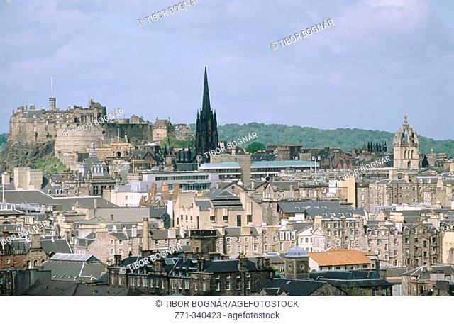 General view and castle. Edinburgh. Scotland. UK