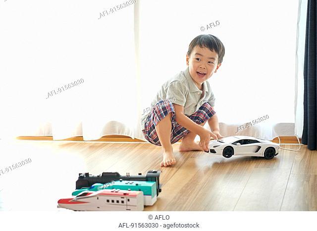 Japanese kid at home