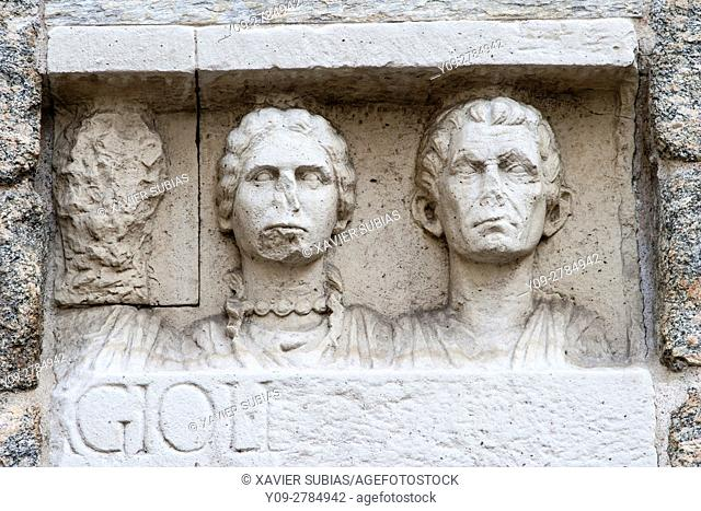 Detail of Porta Nuova, Plaza de La Scala, Milan, Lombardy, Italy