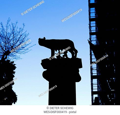 Italy, Rome, sculpture of Romulus and Remus