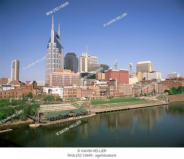 City skyline and the Cumberland river, Nashville, Tennessee, United States of America, North America
