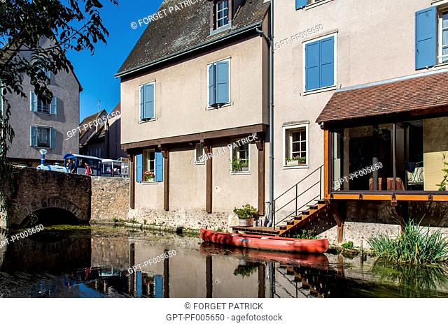 THE BANKS OF THE EURE IN THE LOWER TOWN, CHARTRES (28), FRANCE