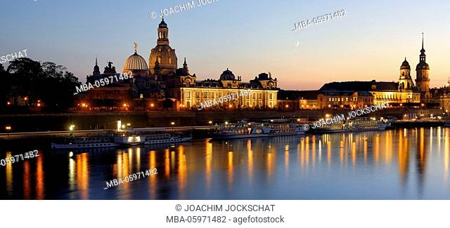 View to the Elbe with Kunstakademie, Dresden Frauenkirche, Ständehaus, Dresden Castle and Dresden Cathedral, Europe, Germany, Dresden, Saxon