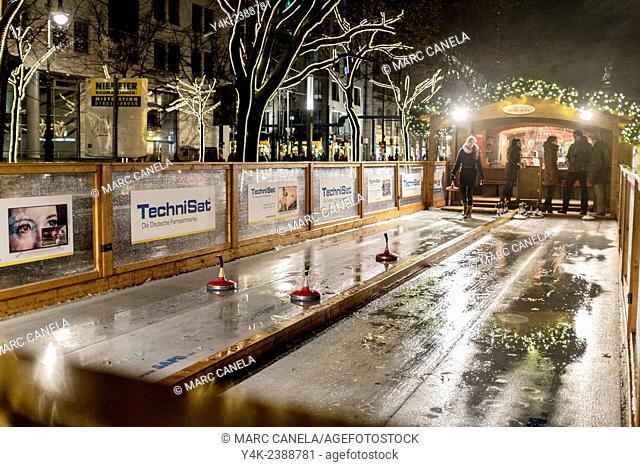 Europe, Germany, Berlin, curling in street