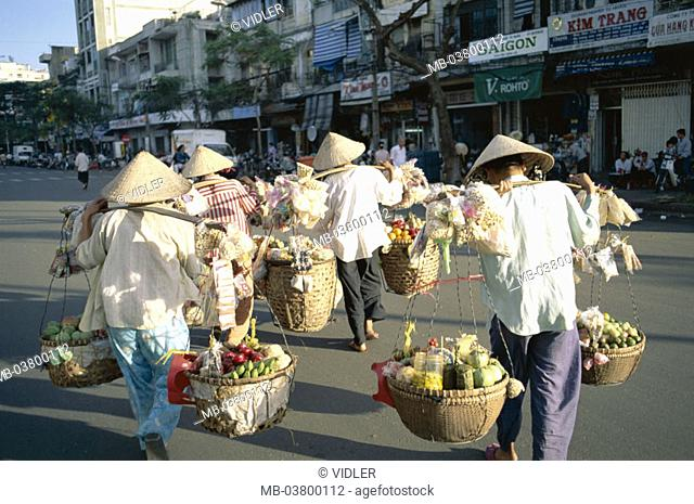 Vietnam, Ho-Chi-Minh-Stadt,  Market women, load, baskets, food, Shoulder, carries, view from behind Asia, southeast Asia, Saigon, women, dealers, Straw hats