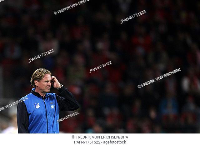 Hoffenheim's head coach Markus Gisdol gestures during the German Bundesliga soccer match between 1. FSV Mainz 05 and TSG 1899 Hoffenheim at the Coface Arena in...