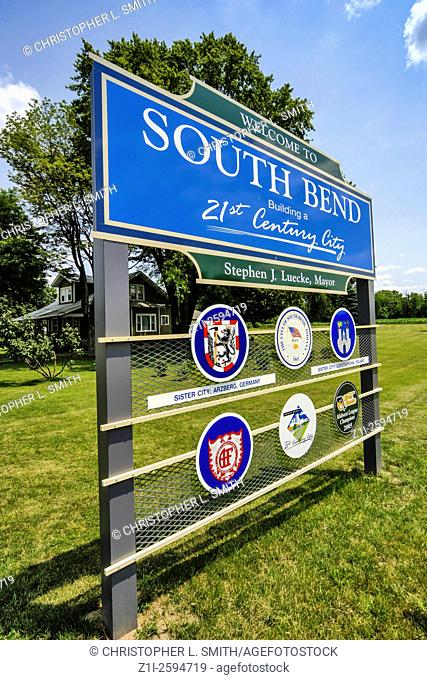 Sign marking the city boundary of South Bend Indiana