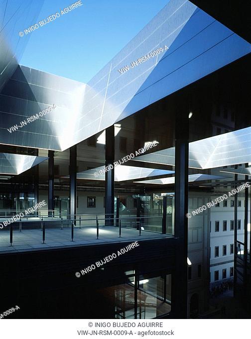REINA SOFIA MUSEUM, RONDA DE ATOCHA, MADRID, SPAIN, JEAN NOUVEL, EXTERIOR, ROOF TERRACE